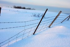 Free Winter Fence Royalty Free Stock Images - 4125209
