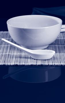 Free Bowl And Spoon Duotone Stock Photos - 4125563
