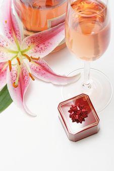 Free Romantic Valentine Royalty Free Stock Photo - 4128095