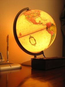 Free Glowing Globe Royalty Free Stock Photo - 4132505