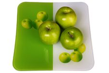 Free Three Fresh Apples In A Plate Stock Photo - 4133120
