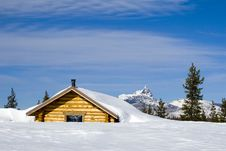 Free Mountain Shelter Stock Images - 4134414
