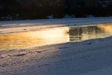 Free Winter River Royalty Free Stock Photography - 4135297