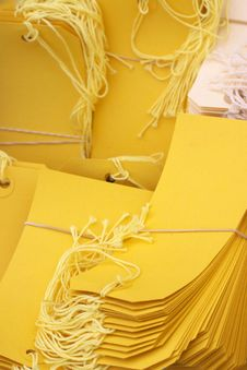 Free Yellow Labels Royalty Free Stock Images - 4135549