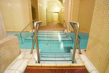 Free Swimming Pool In The Public Baths Royalty Free Stock Photos - 4135818