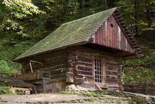 Free Old-fashion  Watermill Stock Photos - 4140803