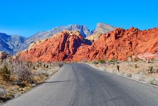 Free Road In The Red Rock Canyon Royalty Free Stock Images - 4141069