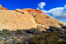 Free Blue Sky In The Red Rock Canyon Royalty Free Stock Photos - 4141818
