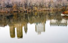 Free Central Park Pond Royalty Free Stock Photo - 4142875