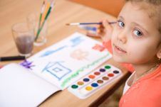 Free Pretty Caucasian Child Paint Watercolor Royalty Free Stock Photography - 4143267