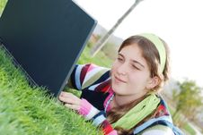 Free Young Girl And Laptop Royalty Free Stock Photography - 4145977