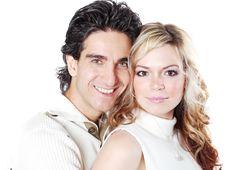 Free Happy Couple Stock Photo - 4146100