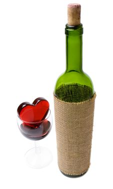 Free Glassy Heart In A Glass Of Wine And The Bottle Royalty Free Stock Image - 4146186