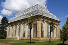 Free Victorian Glasshouse Botanic Stock Photography - 4150492