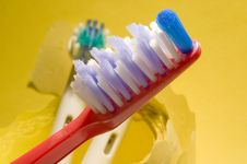Free Tooth-brush Stock Image - 4150571