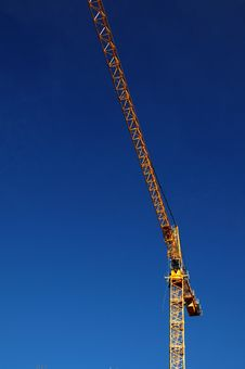 Free Yellow Crane On Blue Sky Royalty Free Stock Photo - 4152845