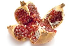 Free Ripe Pomegranate Royalty Free Stock Images - 4157069