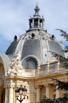 Free France, Paris: Famous Monuments, The Petit Palais Stock Image - 4158231