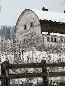 Free Barn In Winter Stock Images - 4158584