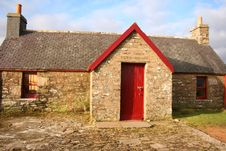 Free Old Cottage Royalty Free Stock Images - 4164079