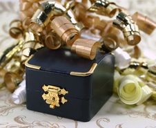 Closed Jewelry Box Iwth Curly Ribbon Royalty Free Stock Image
