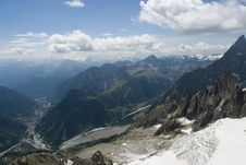 Free Glacier And Valley - Chamonix, France Stock Images - 4170744