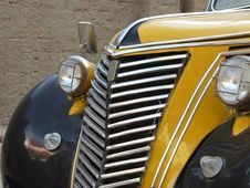 Free Radiator Of Old Yellow Car Stock Photo - 4171600