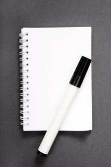 Free Basic Notebook Royalty Free Stock Images - 4173689