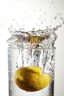 Free Lemon Splash 04 Stock Image - 4179571