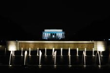 Free Lincoln Memorial At Night Royalty Free Stock Image - 4179916