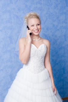 Free Bride Calling By Phone Royalty Free Stock Images - 4185499