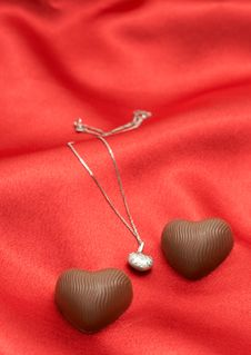 Free Valentines Heart Chocolates With Necklace Royalty Free Stock Photos - 4190798