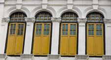 Free Windows Of Colonial Architecture Royalty Free Stock Photography - 4192737