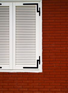 Free White Window On A Red Wall Stock Image - 4194321