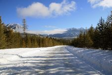 Free Winter Road In Canadian Rockies Stock Photo - 4195100