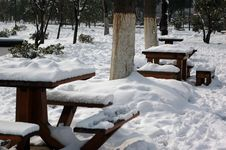 Free Table In The Snow Stock Images - 4199594