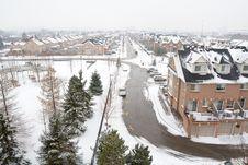 Free Winter Suburban Landscape Royalty Free Stock Photography - 425527