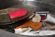 Free Washing Plates Royalty Free Stock Photo - 4201995