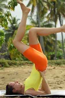 Free Gymnastic On The Beach Royalty Free Stock Image - 4202436