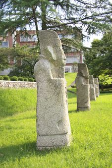 Free Row Of Statues Of Confucian Officers. Middle Ages Stock Photo - 4203340