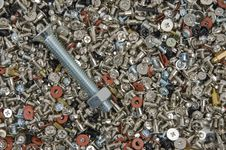 Free Bolts And Screws Royalty Free Stock Photos - 4207078