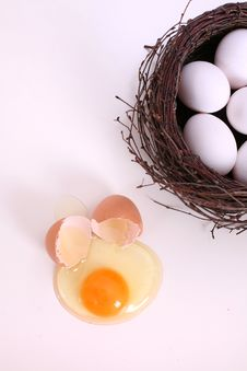 Free Eggs Royalty Free Stock Images - 4208079