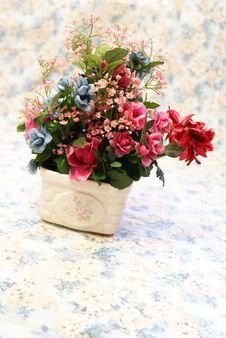 Free Silk Flowers Stock Image - 4212481