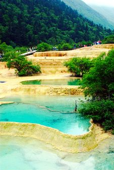 Free Limestone Pools In Huanglong Royalty Free Stock Photos - 4217848