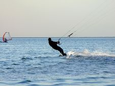 Free Silhouette Of A Kite-surf 1 Royalty Free Stock Images - 4221029