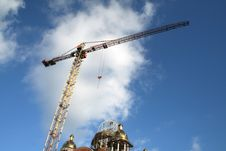 Free Tall Crane Royalty Free Stock Photography - 4223527