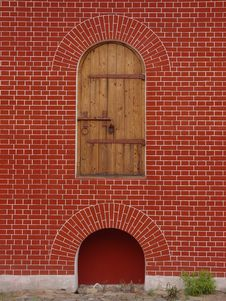 Free Lonely Door In Wall Stock Image - 4231091