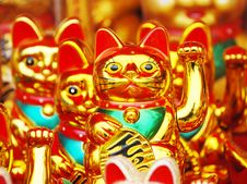Free Fortune Cat Royalty Free Stock Photo - 4231455