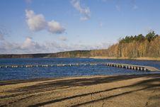 Free Lake Royalty Free Stock Photography - 4234757