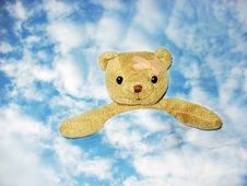 Free Teddy Is Going To Heaven Royalty Free Stock Images - 4240169